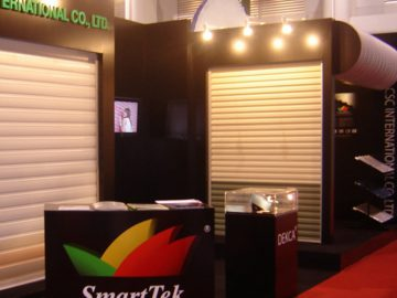 ออกบูธ ประตูม้วน SmartTek
